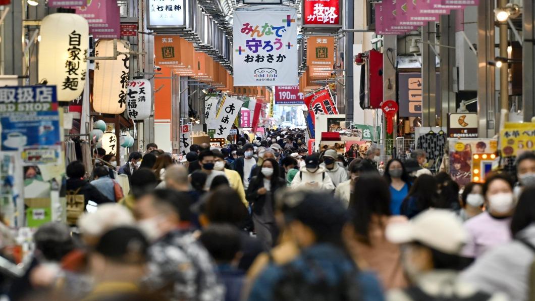 圖/達志影像路透 變種株蔓延 大阪淪最慘疫區發「醫療非常事態宣言」