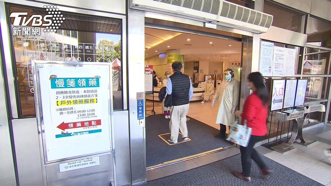 台安醫院傳出2護理師染疫。(圖/TVBS) 打疫苗仍染疫!台安醫院2護師確診 雙北第14家中招