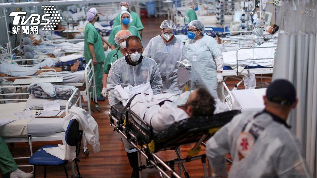 巴西新冠肺炎疫情日益嚴峻,每日死亡人數超過4000人。(圖/達志影像路透社) 「必須限制人流」 聯合國:巴西正邁向災難
