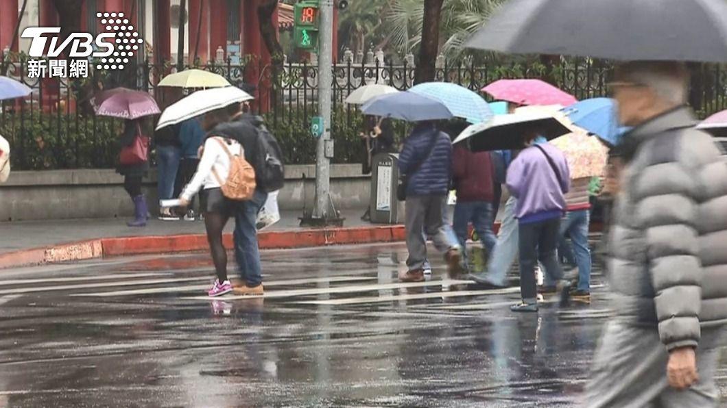 (示意圖/TVBS資料畫面) 中部以北7縣市防大雨 鄭明典:很顯著春雨