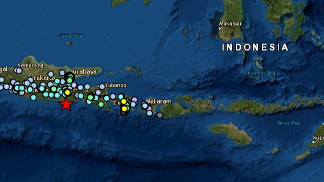 印尼爪哇島發生規模6地震。(圖/EMSC) 印尼發生規模6強震 民宅窗戶被震碎