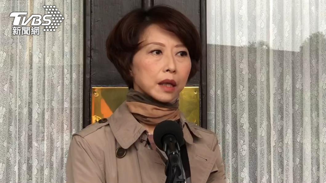 陳亭妃認為蘇貞昌是為了挽留人才而不簽林佳龍辭呈。(圖/TVBS) 蘇揆不批林佳龍辭呈 綠委稱「不捨人才」網酸爆:笑話