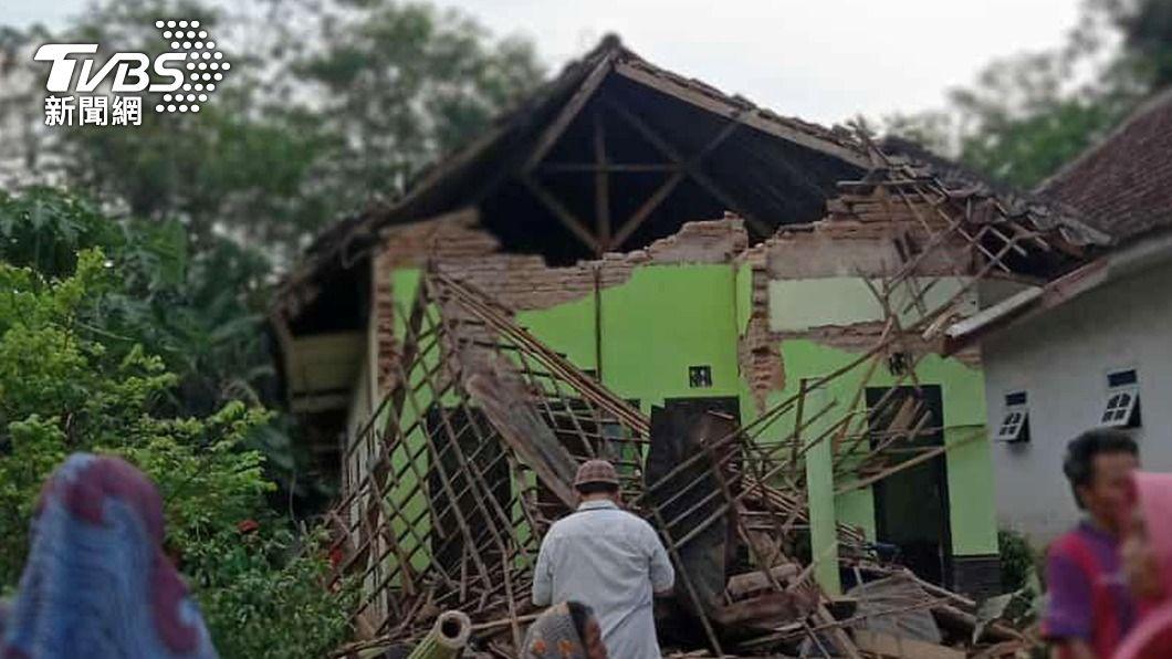 牆倒屋塌!印尼爪哇6.0強震 釀8死23傷