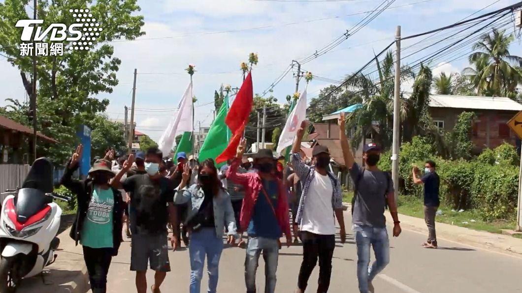緬甸軍放榴彈鎮壓示威平民 一日內至少82死