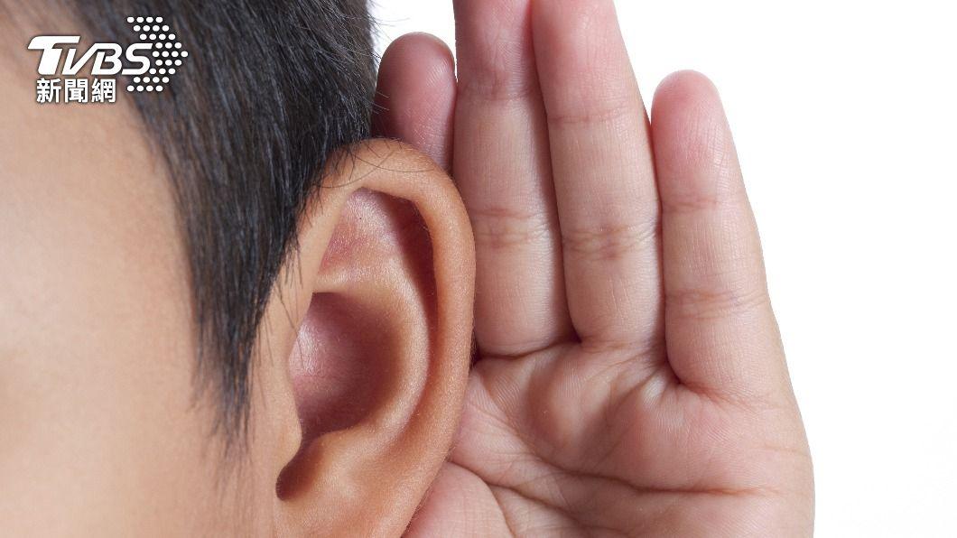 男童因聽力不好就醫。(示意圖/shutterstock 達志影像) 聽不清楚做重建手術 陸男童耳內驚見「3顆完整牙齒」