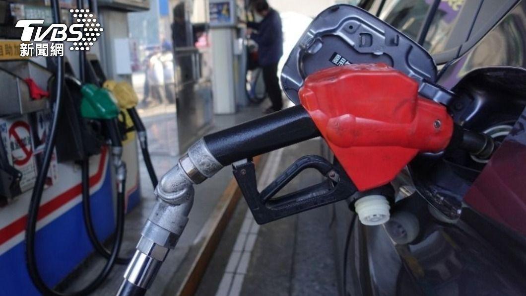 (圖/中央社) 等不到中油 屏東滿州港仔村要自建加油站