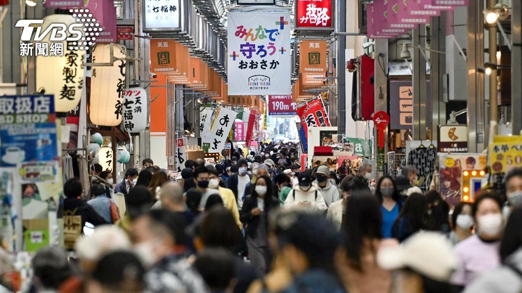 (圖/達志影像路透社) 日本大阪新冠肺炎病例激增 單日逾千例再創新高