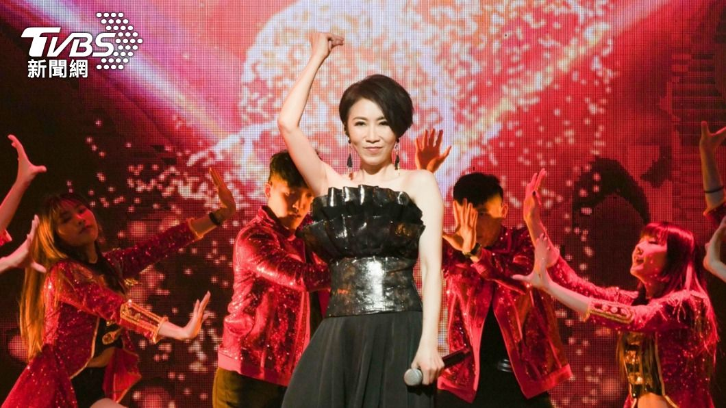 李翊君上週在台南開唱。(圖/寬宏藝術提供) 李翊君開唱慘摔原形畢露 台上突「哽咽痛哭」歌迷不捨