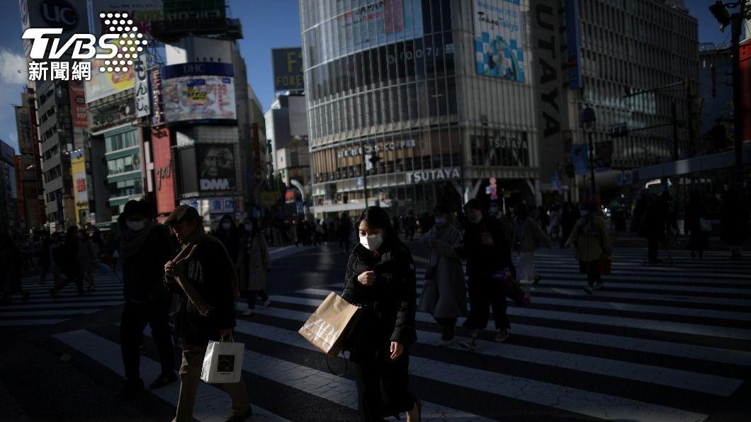 日本4月上旬群聚感染案例約220多件。(圖/達志影像路透社) 日本4月上旬群聚感染逾200起 近3成發生在職場