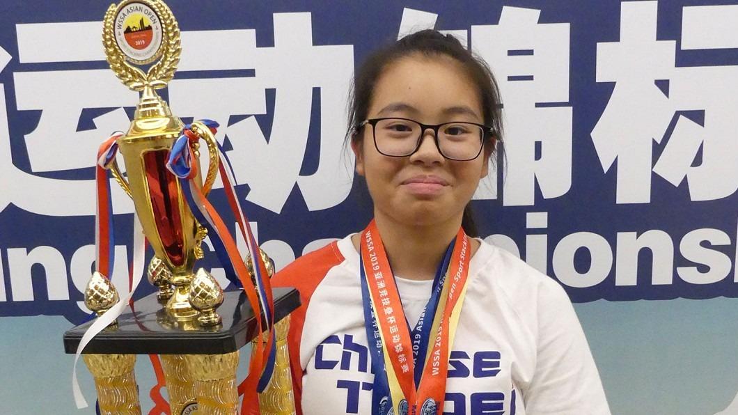 世界競技疊杯賽捷報 中華隊勇奪18金