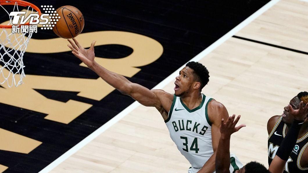 (圖/達志影像美聯社) 安特托昆博歸隊 NBA公鹿多點開花射下老鷹
