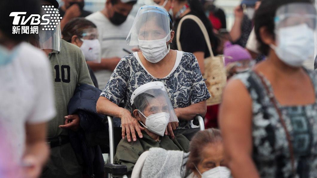 全球新冠確診逾1億人。(圖/達志影像路透社) 全球新冠病歿者破300萬大關 逾1億人染疫