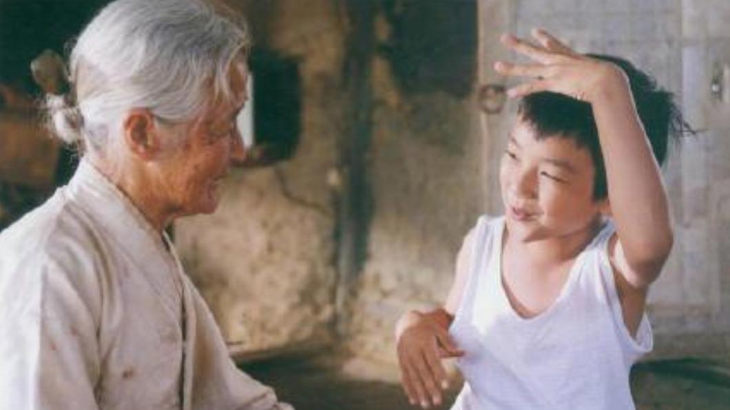 金亦芬昨(17)日過世,享耆壽95歲。(圖/翻攝自微博) 催淚電影《有你真好》奶奶金亦芬辭世 享耆壽95歲