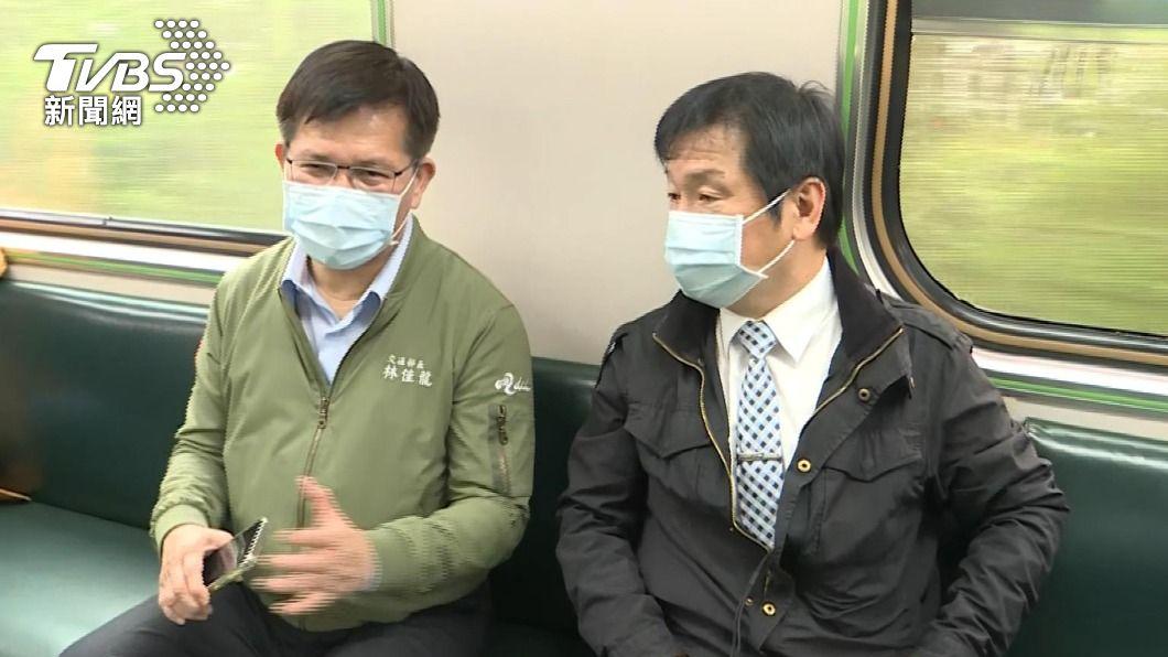 太魯閣號事故清水隧道東正線搶通 林佳龍搭首班車