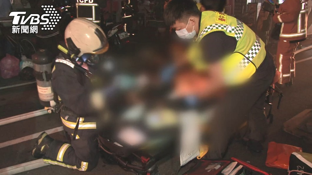 3名孩童不幸離世。(圖/TVBS) 參加大甲媽「丟下3童」命喪火窟!父母遭網出征反擊