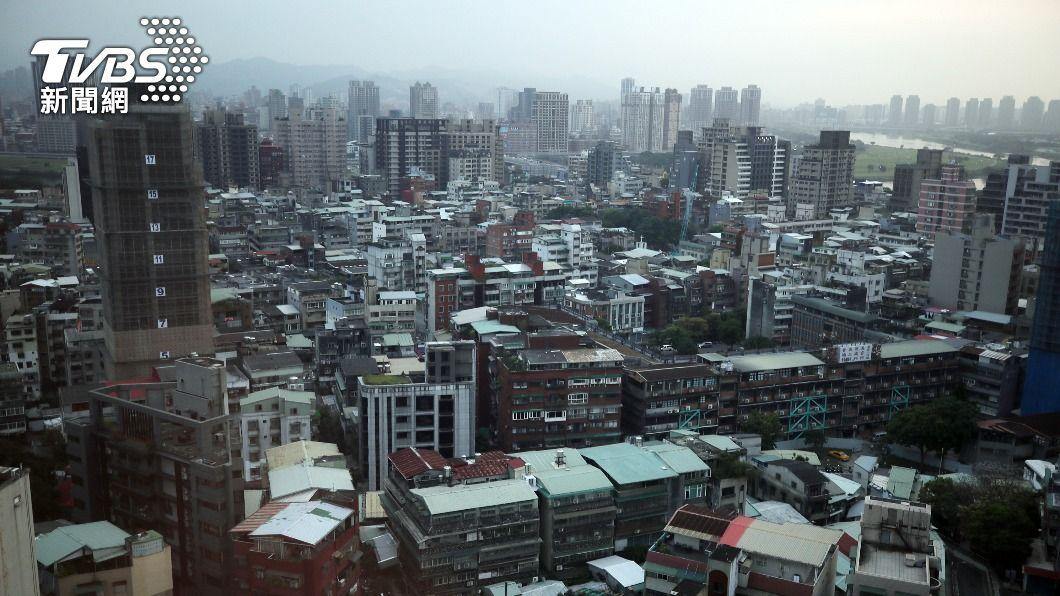 (圖/中央社) 央行緊盯房市 楊金龍:必要時不排除第三波管制