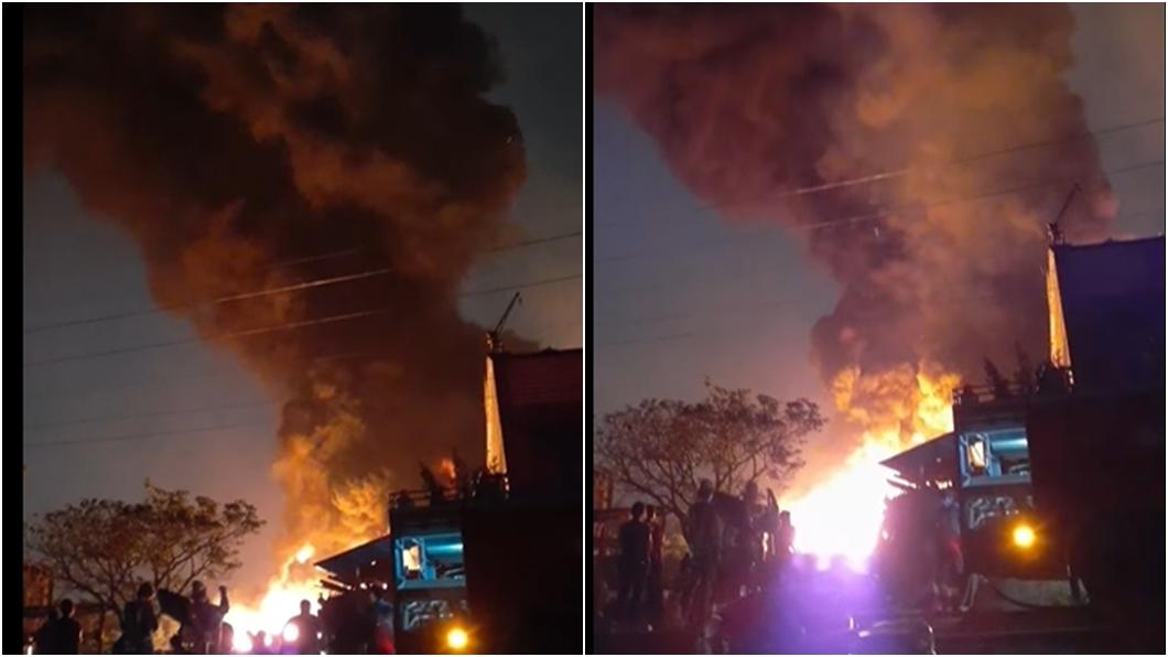 嘉義回收廠發生火警。(圖/翻攝義消張文榮臉書) 嘉義回收廠燒成如「火焰山」 消防員受傷緊急送醫