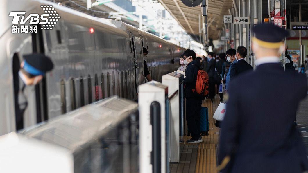 圖/達志影像美聯社 快訊/疫情急速升溫 大阪要求政府宣布3度緊急事態