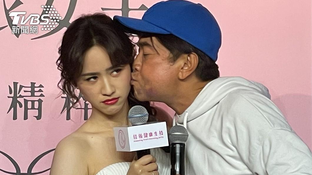 吳姍儒不滿爸爸吳宗憲偏心妹妹。(圖/TVBS) 吳宗憲寫歌給2愛女「獨漏吳姍儒」 她走心:真的很難過