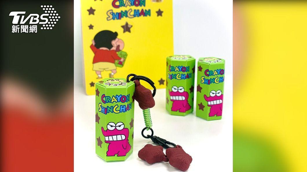 蠟筆小新悠遊卡21日開賣,巧克比餅乾盒造型超級盟。(圖/悠遊卡公司提供) 搶爆!蠟筆小新悠遊卡開賣 網哀號:根本買不到