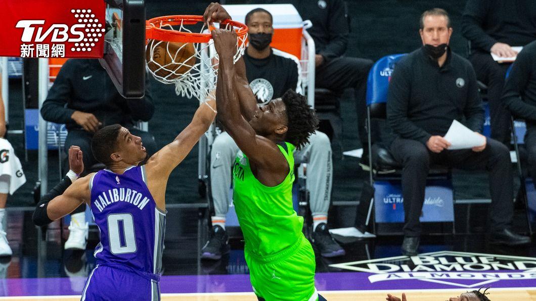 NBA灰狼愛德華茲砍下28分。(圖/達志影像美聯社) 狀元郎愛德華茲砍下28分 灰狼134比120勝國王
