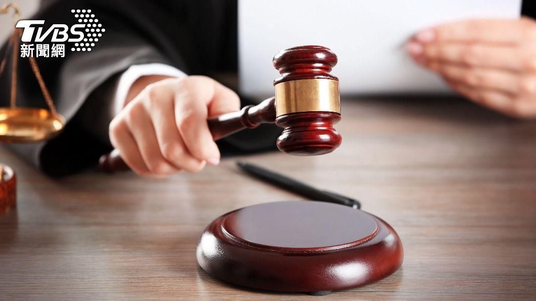 (示意圖/shutterstock 達志影像) 法官要助理按摩遭免職 監委:受害者賭上前途揭發