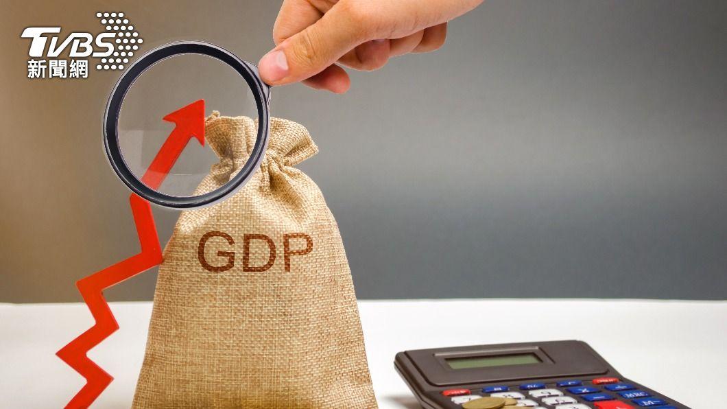 示意圖/shutterstock 達志影像 快訊/GDP上修至4.8% 景氣好、產業界也憂缺料