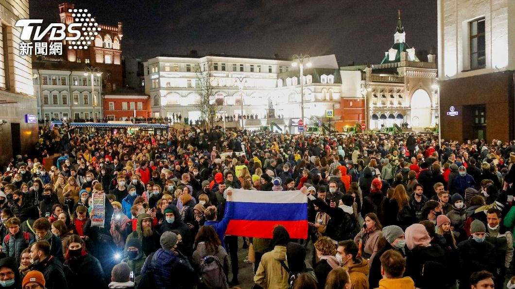 圖/達志影像路透社 挑普欽國情咨文日抗議 俄羅斯數十萬人挺納瓦尼
