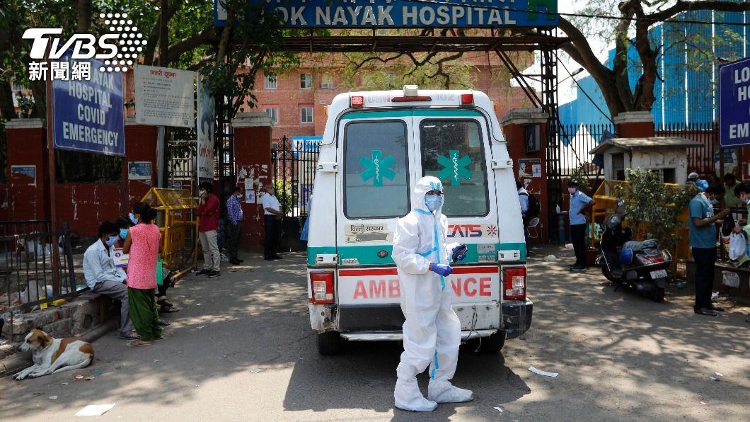 印度新冠肺炎疫情惡化。(圖/達志影像美聯社) 印度單日增逾30萬例新冠肺炎確診 創世界紀錄