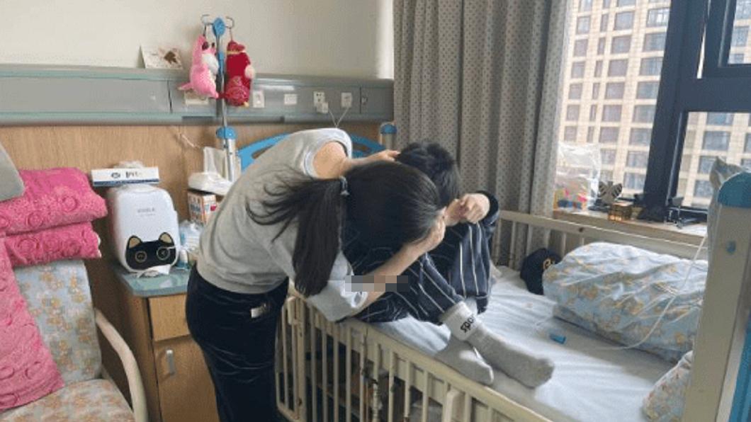 浙江一名15歲少年被診斷出罹患結腸癌末期。(圖/翻攝自錢江晚報) 癌末求捐贈遺體 陸15歲少年:媽別難過!盼助更多人