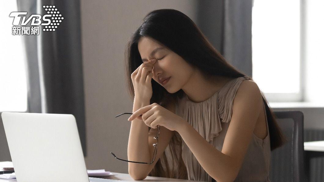許多人都會在餐後出現想睡覺的情況。(示意圖/shutterstock達志影像) 飯後昏昏欲睡原因曝光 營養師揭6大「提神飲食」