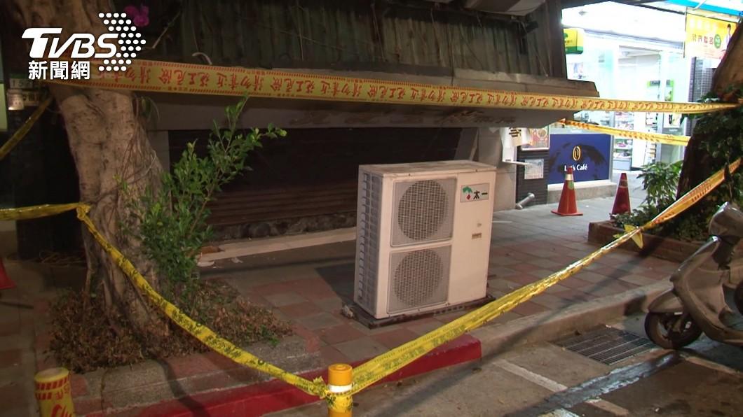 台北市民生東路五段一處店面發生冷氣「墜樓」事件。(示意圖/TVBS) 天降冷氣機險砸人!議員憂「無法可管」 工務局給回應