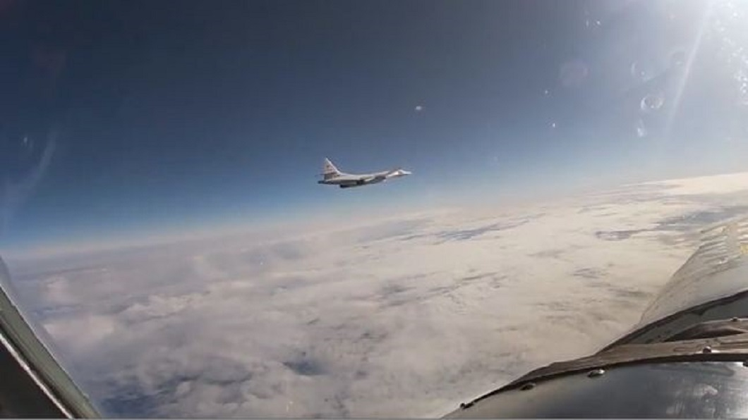 俄戰略轟炸機巡航 美核潛東地中海部署