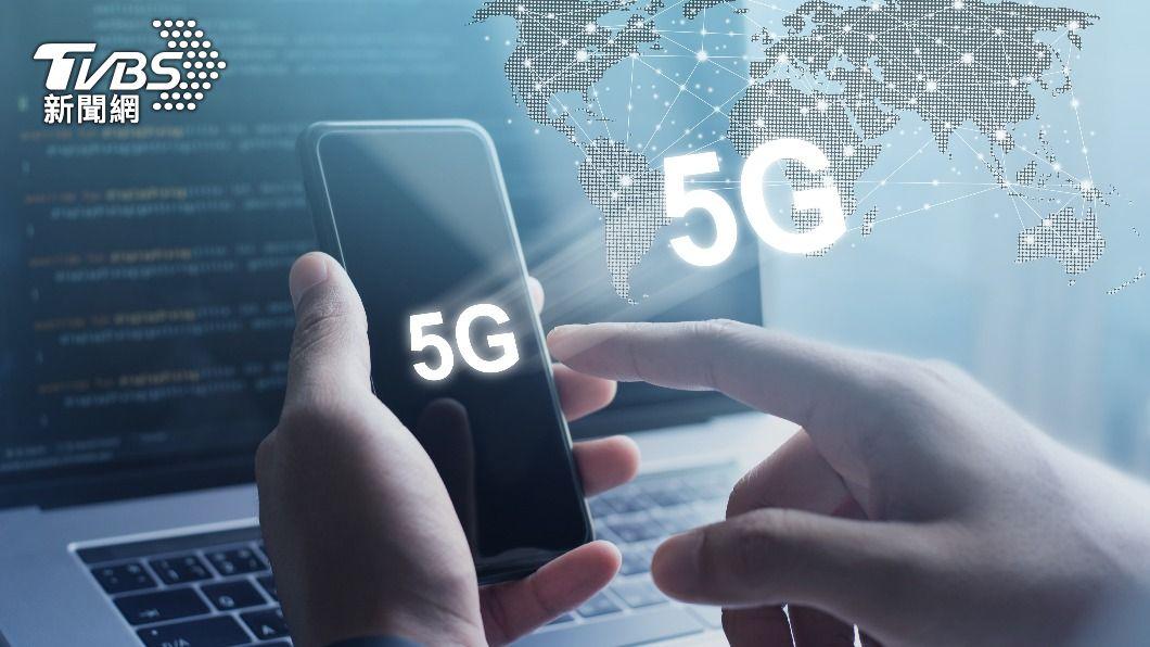 台灣3月手機市場銷售狀況表現不佳,創十年新低。(示意圖/shutterstock達志影像) 3月手機銷售10年新低 電信商衝5G改推高資費所致