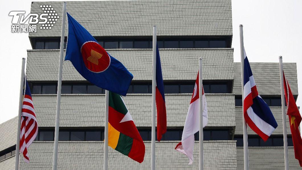 東協國家召開峰會,討論緬甸情勢。(圖/達志影像路透社) 東協峰會討論緬甸情勢 軍政府領導人抵雅加達