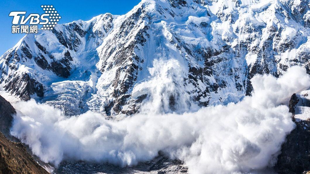 印度北阿坎德省發生雪崩。(示意圖,與事件無關/Shutterstock達志影像) 印度北阿坎德省冰河崩裂 至少8死軍方急搶救