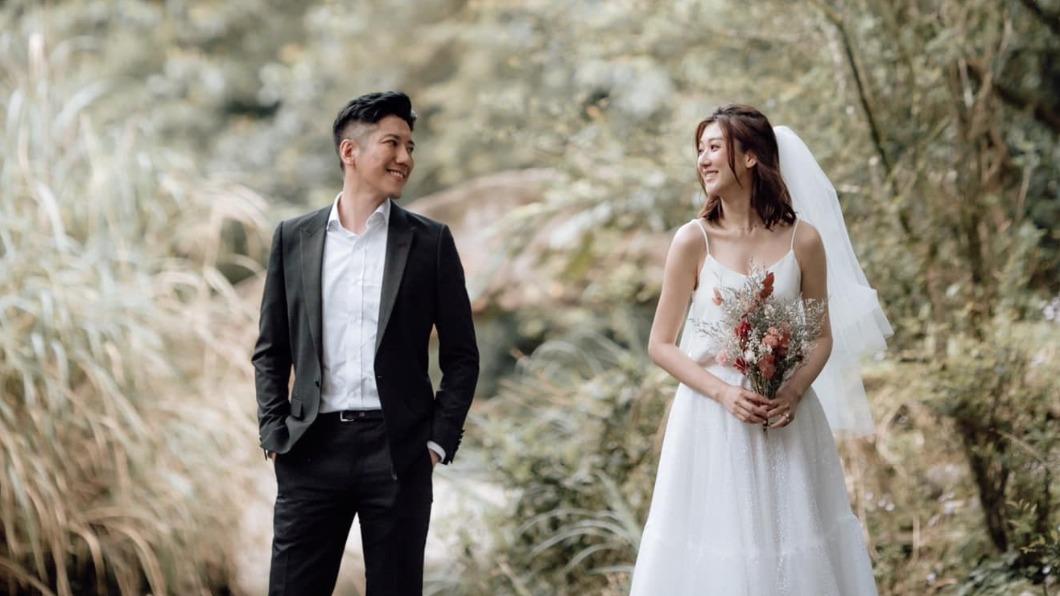 林逸欣宣布和交往7年的男友結婚。(圖/翻攝自林逸欣 Shara臉書) 林逸欣披白紗婚期曝! 點頭嫁7年男友:一起慢慢變老