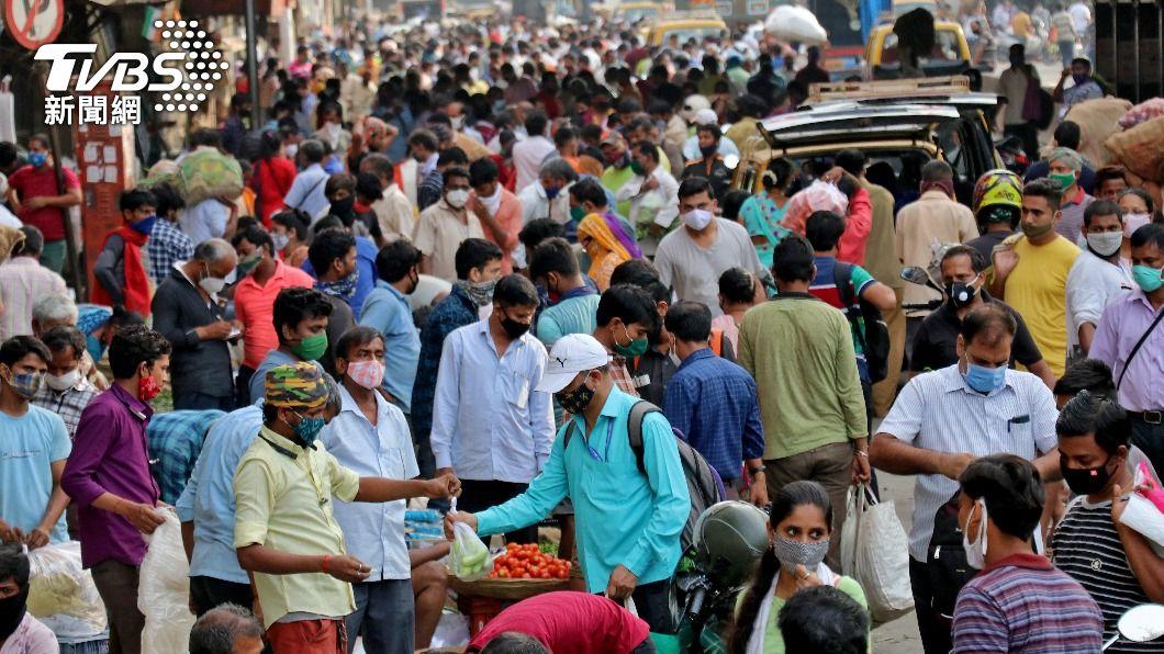 荷蘭從當地時間4月26日晚間6時開始至5月1日,將禁止來自印度的客機入境。(圖/達志影像路透社) 印度單日新增確診逾30萬例 荷蘭禁止客機入境