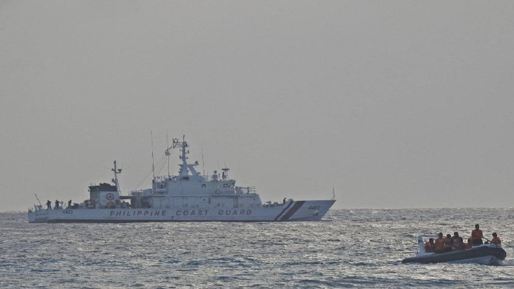 菲海岸警衞隊演習 美轟炸機飛赴南海