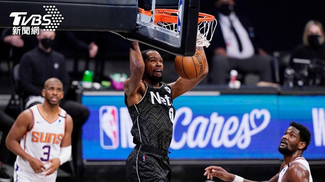 NBA籃網球星杜蘭特。(圖/達志影像美聯社) NBA杜蘭特歸隊板凳出發 飆33分助籃網賞太陽連敗