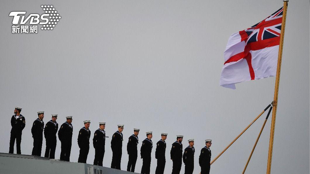 英國伊麗莎白女王號將與日本自衛隊進行聯合演習。(圖/達志影像路透社) 英航母伊麗莎白女王號擬停靠日本 兩國將共演習