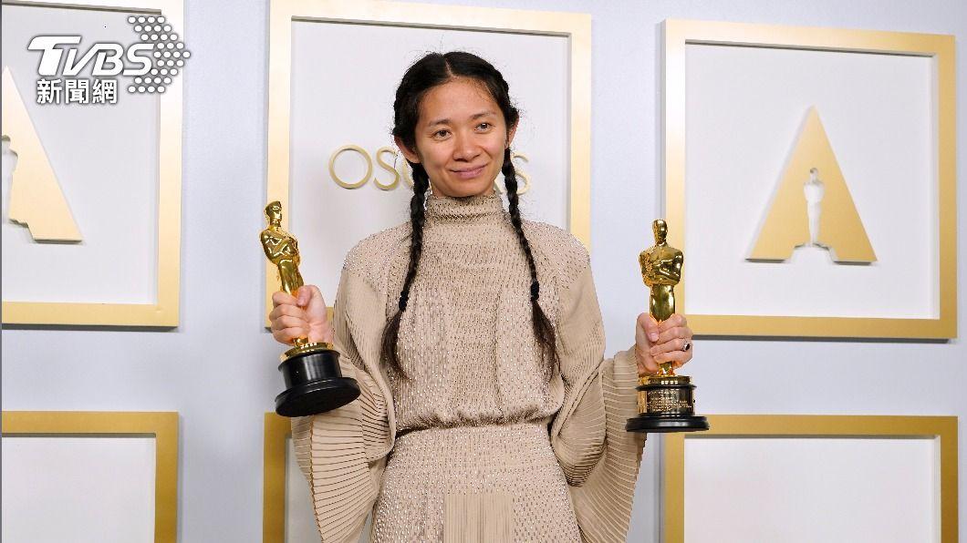 導演趙婷以《游牧人生》奪奧斯卡兩大獎。(圖/達志影像美聯社) 趙婷打破「玻璃天花板」 電影心法保持真誠