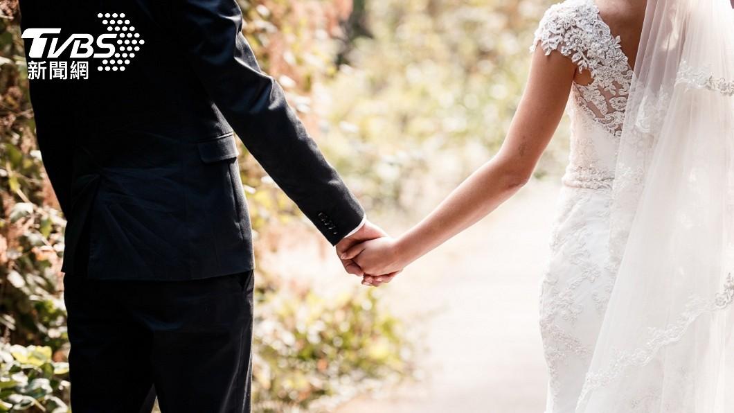 杭州一名人父幫獨生女徵婚,小倆口終於將在5月完婚。(示意圖/shutterstock 達志影像) 幫獨生女徵婚2年嫁不掉 「年收租400萬」找到女婿了