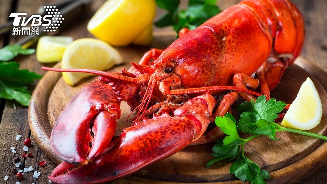 法式餐廳請「佳穎淑慧鳳」吃波士頓龍蝦。(示意圖/shutterstock達志影像) 母親節限時優惠!召集「佳穎淑慧鳳」 同音免費吃龍蝦