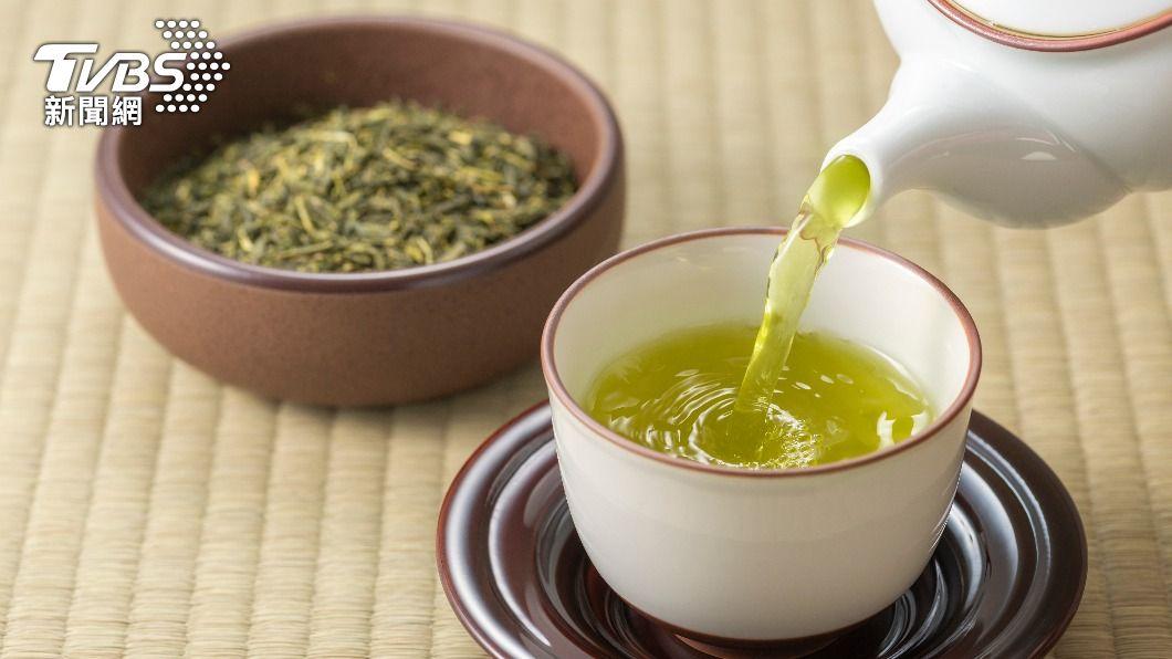 網路流傳各種「加料綠茶」瘦身飲。(示意圖/shutterstock達志影像) 「加料綠茶」正夯!中醫師曝這樣喝燃脂力超強