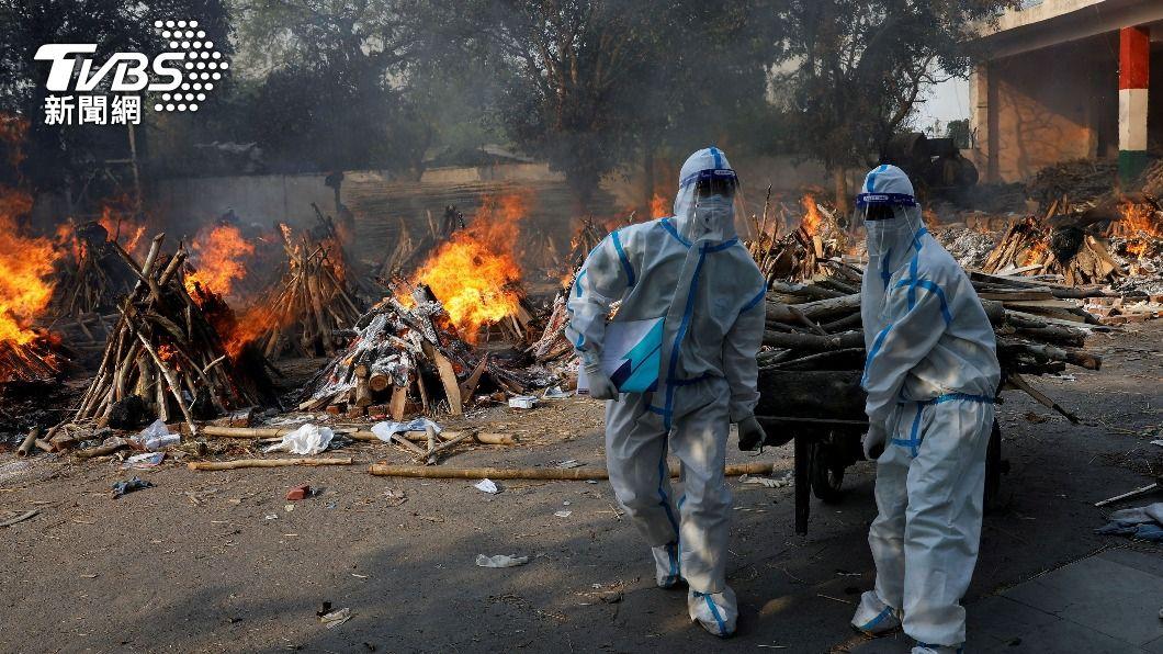 印度疫情失控,病歿者人數大幅增加。(圖/達志影像路透社) 全球新冠病歿逾315萬人 印度確診破1800萬大關