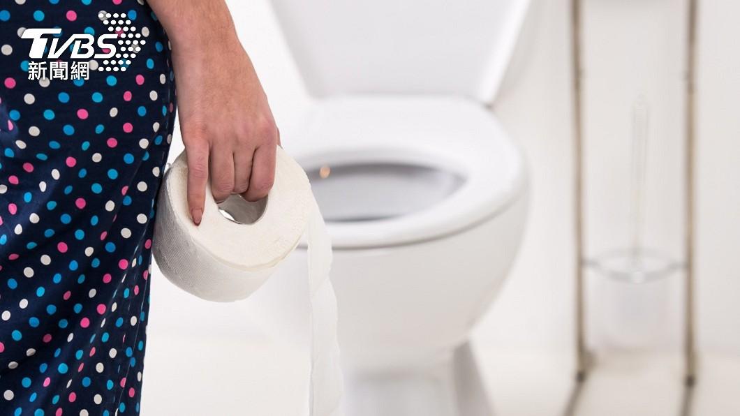 在半夜上廁所有很多人都有這樣的經驗。(示意圖/shutterstock 達志影像) 半夜上廁所驚見「女神」出沒 險嚇破膽網共鳴:會閃尿