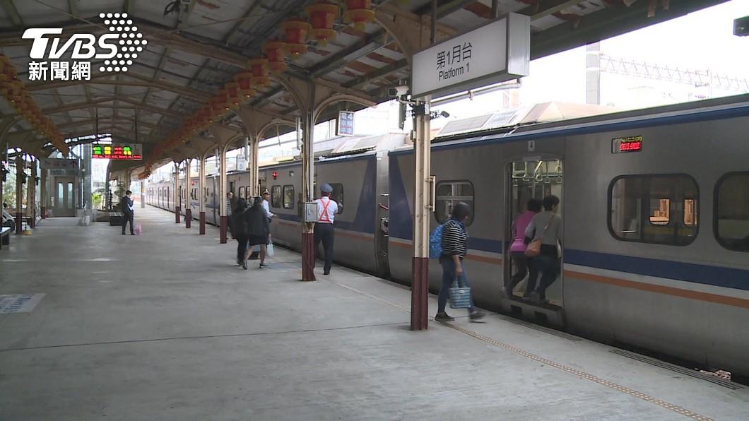 (示意圖,與新聞事件無關。圖/TVBS) 2旅客未戴口罩列車上咆哮 台鐵:交由衛生局裁罰