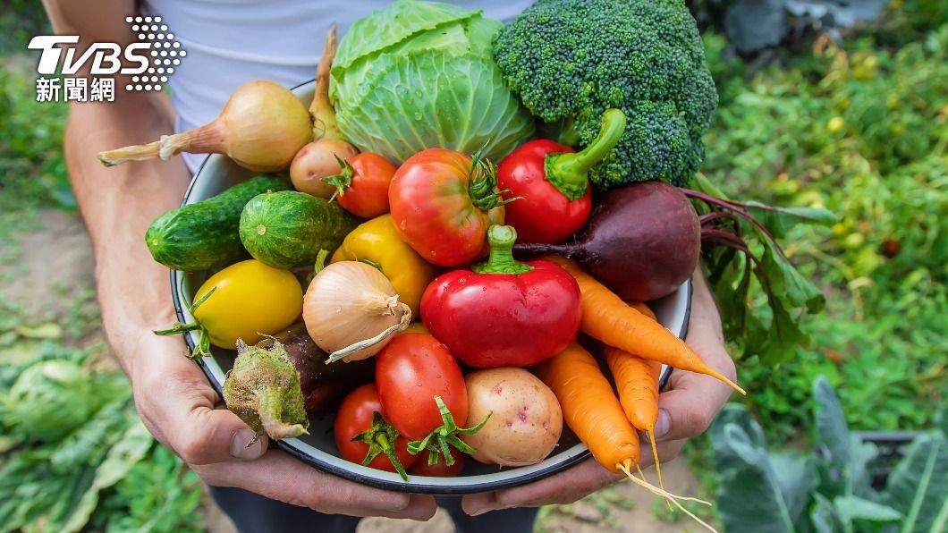多吃蔬菜有效降低體內氧化速度。(示意圖/shutterstock達志影像) 年過40抗氧化酵素驟降 3色蔬果防「身體生鏽」