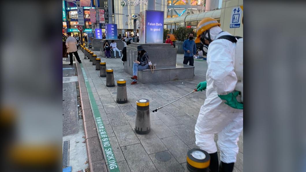確診者行蹤遍布雙北市,台北市政府已經做過清消作業。(圖/北市府提供) 人潮多!案1134新光大樓上班 密切接觸同事居家隔離